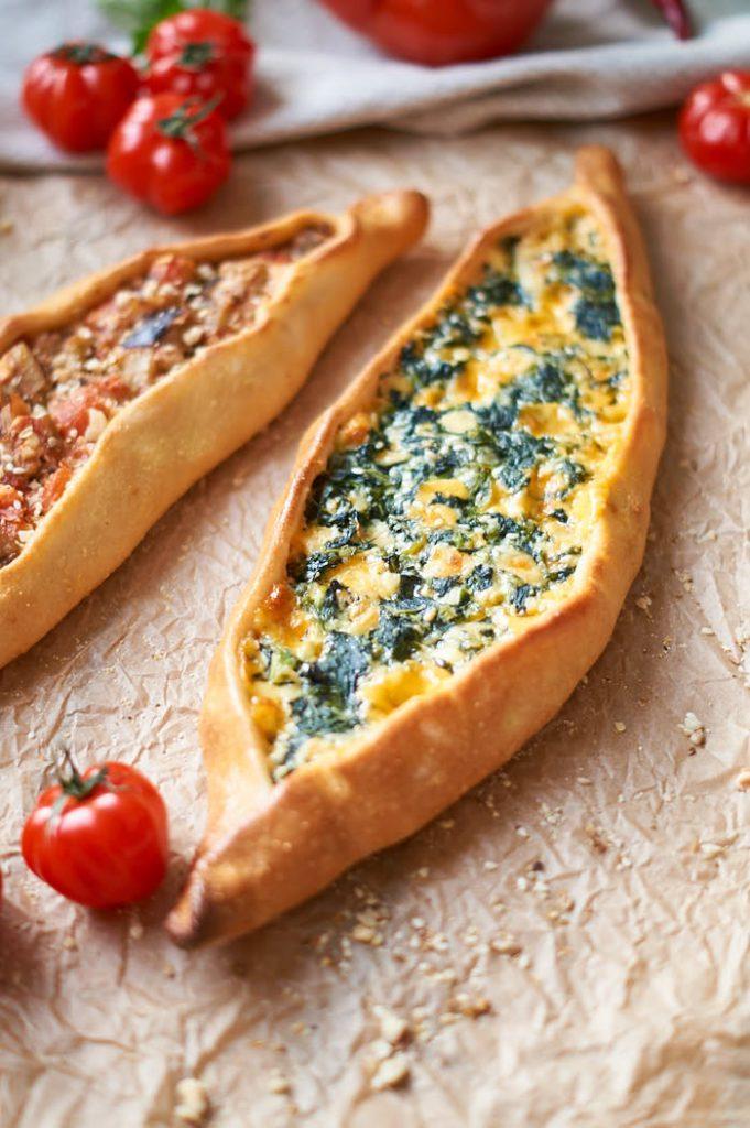 frisch zubereitete Pide im Ristorante Pizzeria Hemsbach